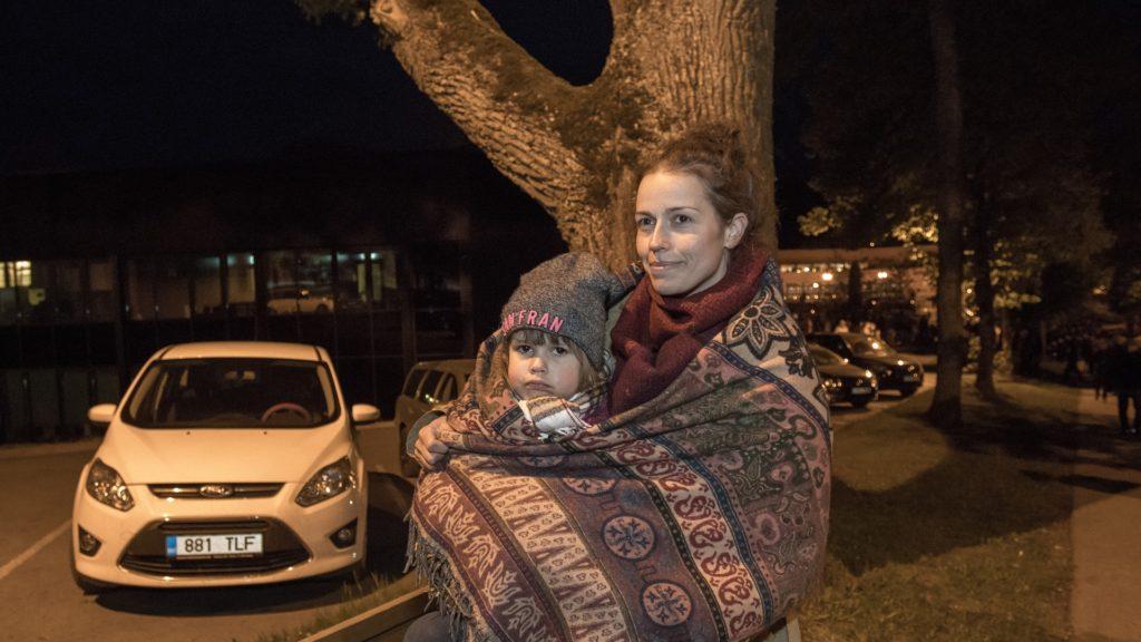9f1ae68018e Merle Liivak on pannud lapsed raha teenima meepurke müües. Foto:  Sakala/Scanpix