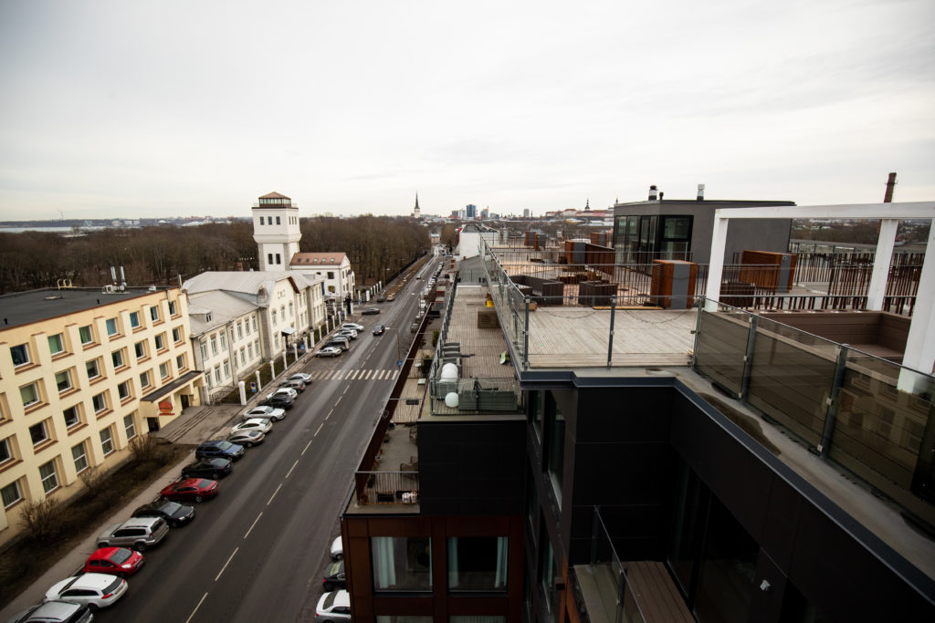 Ülevaade: vaata, millist hingehinda pead maksma Tallinna uusarenduste parkimiskohtade eest