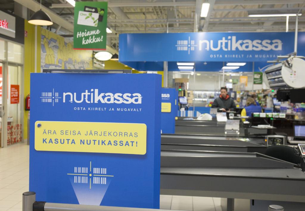 Uus reaalsus Eesti toidupoodides: avatud vaid üks tavakassa, enamik oste tehakse iseteeninduskassas
