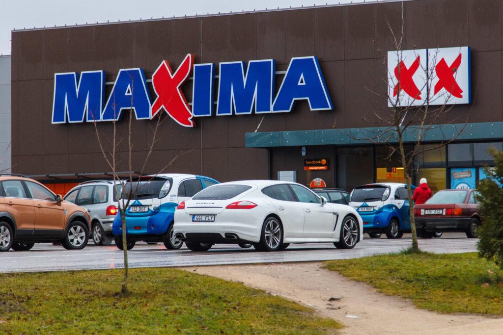 Maxima laiendab iseteeninduskassasid ja kaalub kauplustesse ostupultide toomist